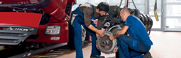 service camioane mercedes