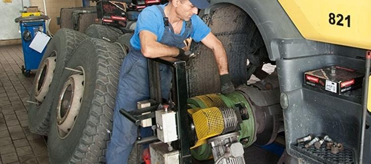 service camioane bucuresti